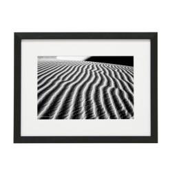 Gerahmtes Bild Sand Nr12 – Kunststoffrahmen Schwarz