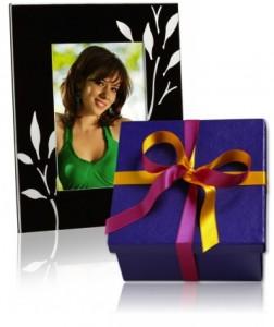 Fotos in Fotorahmen als Geschenk